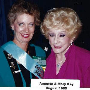 ANNETTE & MARY KAY 1989